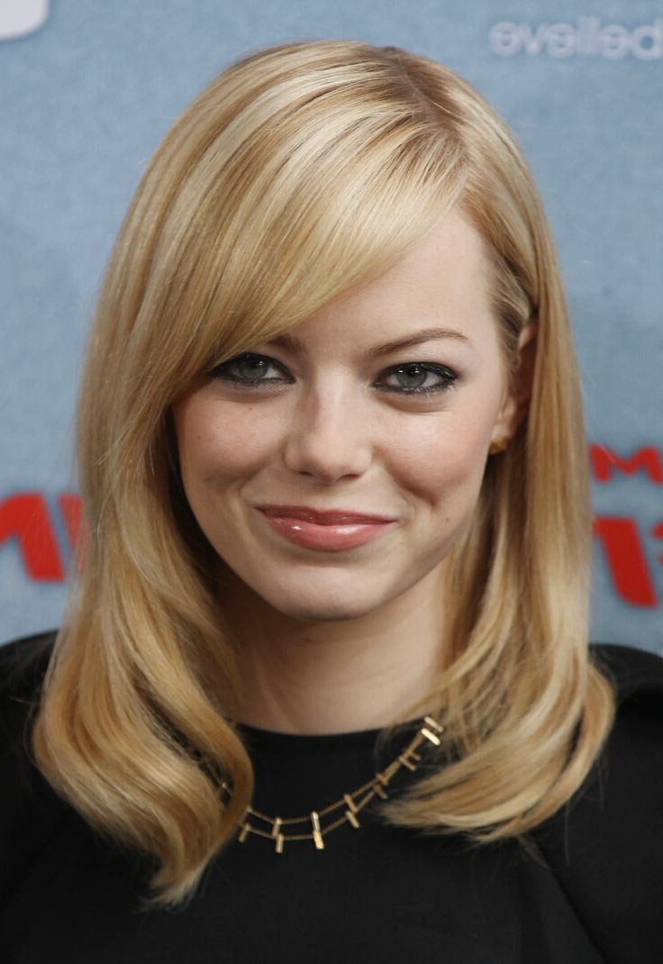 Featured Photo of Medium Hairstyles With Side Bangs For Round Faces