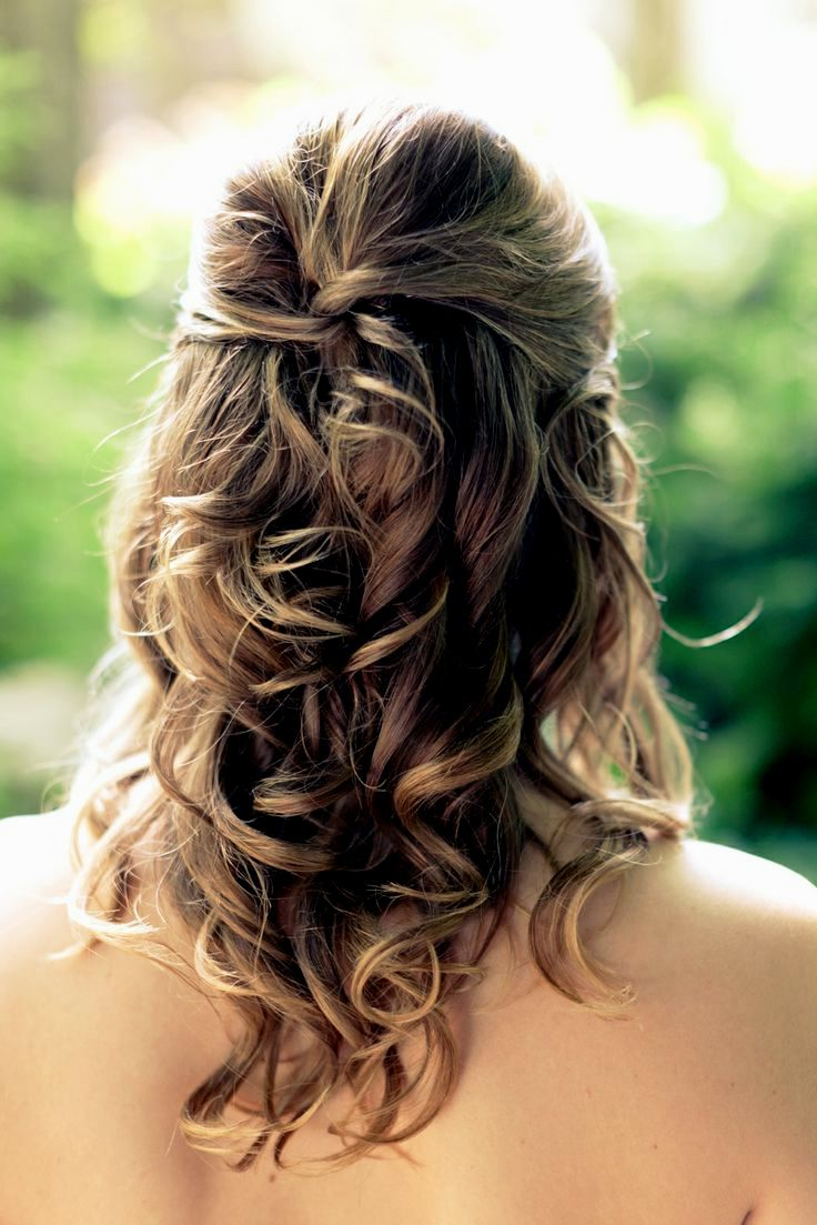 Best And Newest Medium Hairstyles Bridesmaids In Bridesmaid Hairstyles For Medium Hair – Leymatson (View 15 of 20)