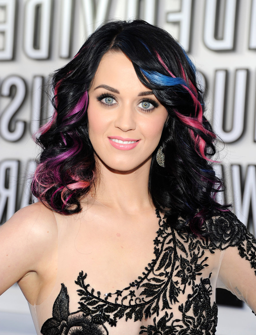 Billboard With Trendy Katy Perry Medium Hairstyles (View 7 of 20)