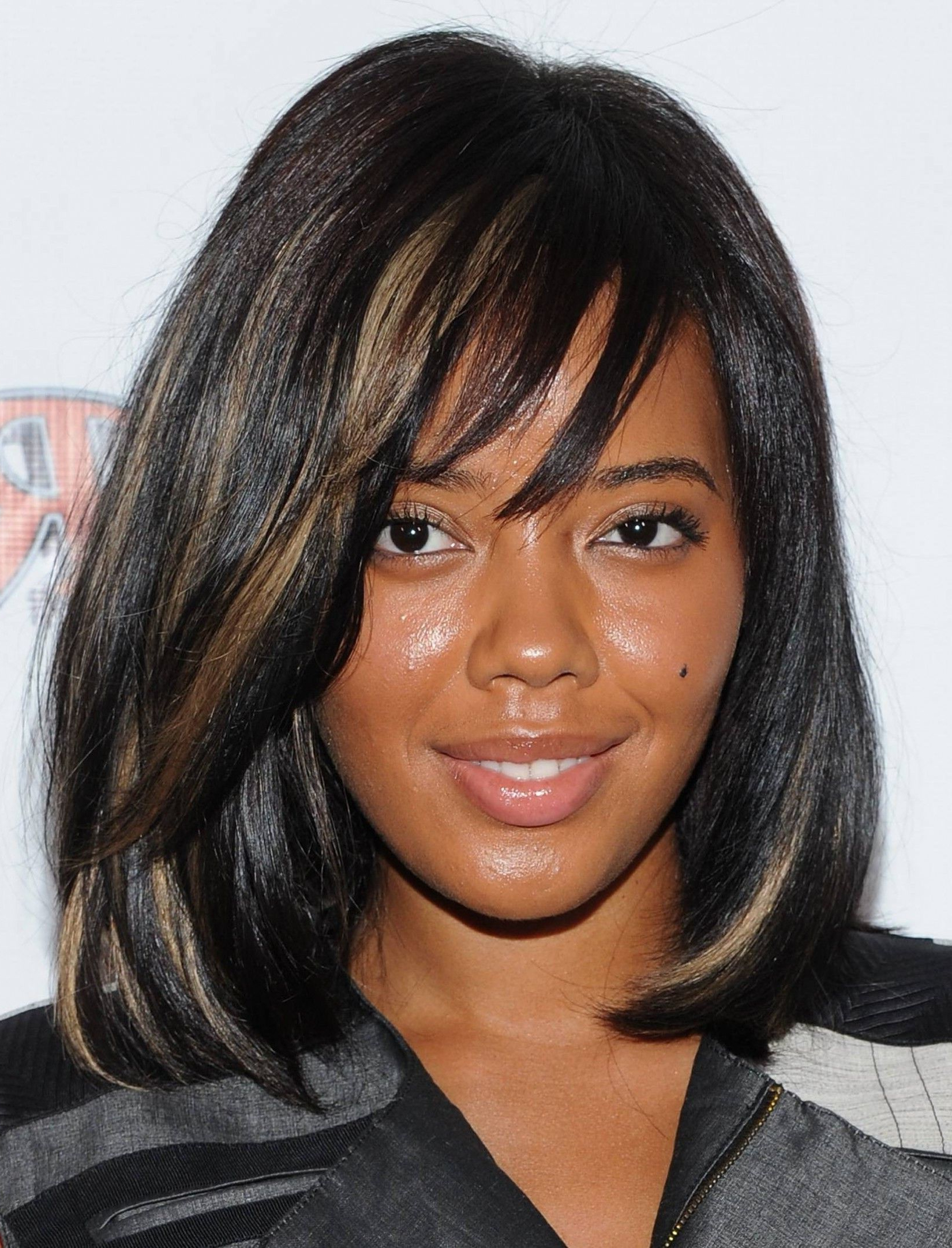 Black Medium Haircuts For Women Lenght Hair (View 2 of 20)
