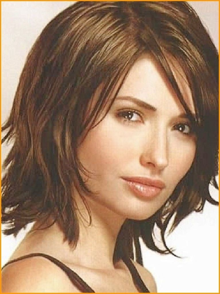 Bobs For Women Over 40 Medium Hairstyles For Women Over 40 Women With Regard To Well Known Medium Hairstyles For Thick Hair Over  (View 4 of 20)