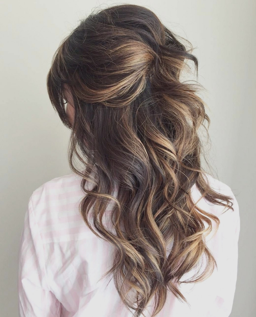 Bridesmaid Hairstyles For Medium Hair Down (View 4 of 20)