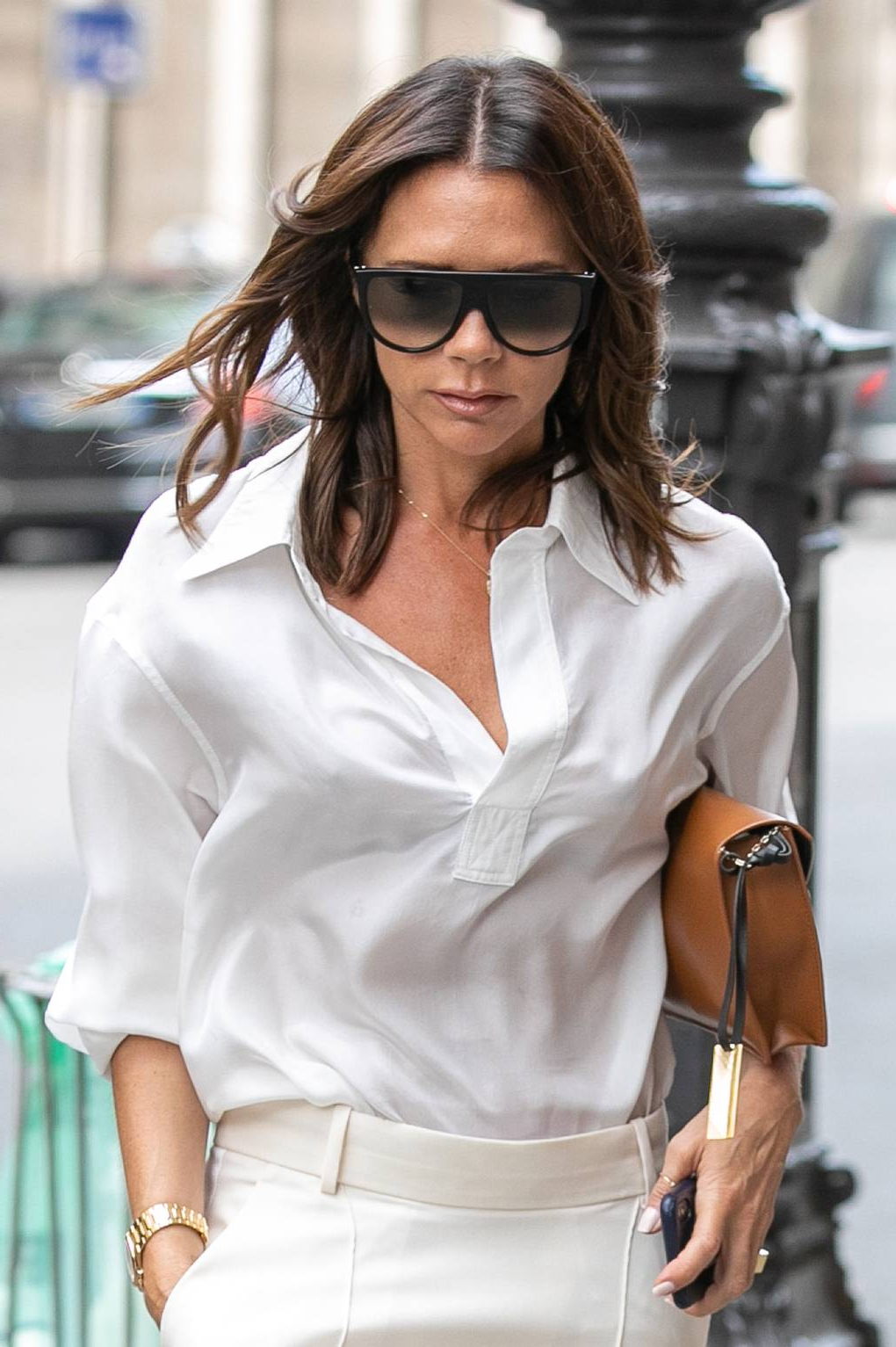 British Vogue With Popular Victoria Beckham Medium Hairstyles (View 6 of 20)