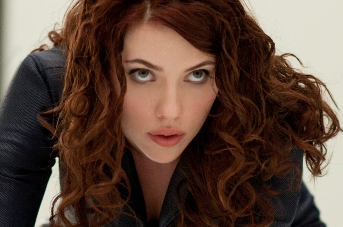 Brownish Reddish Hair Color Possible Hair Extensions Scarlett Regarding Well Liked Scarlett Johansson Medium Hairstyles (View 4 of 20)