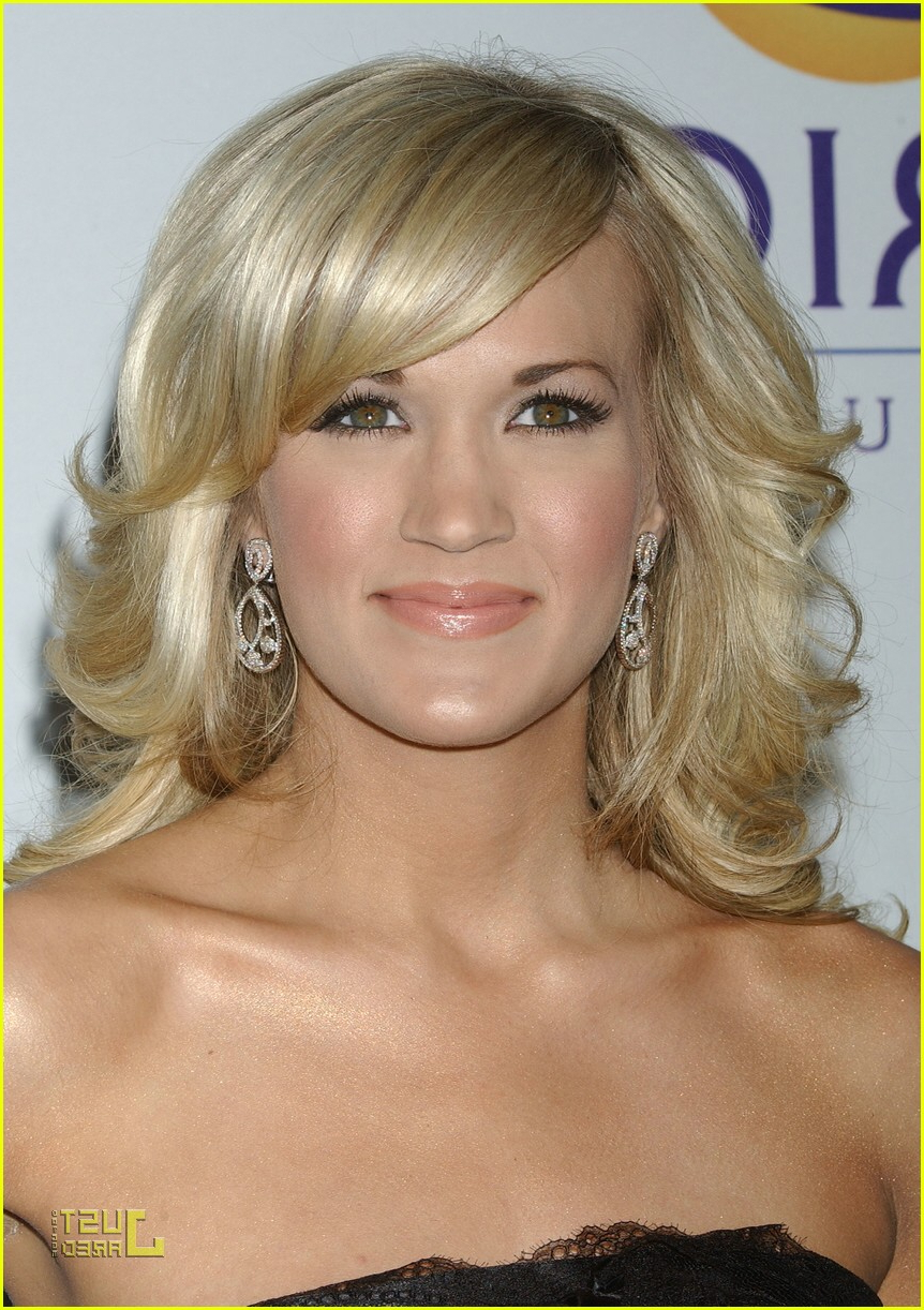 Carrie Underwood For Preferred Carrie Underwood Medium Haircuts (View 2 of 20)