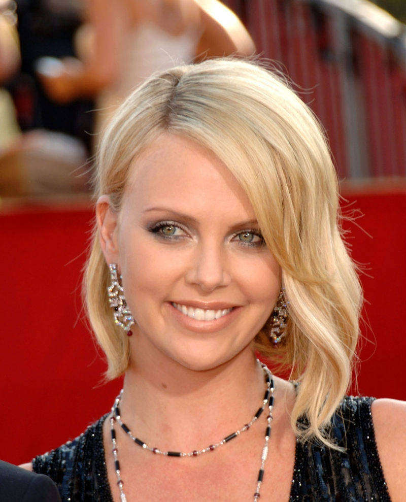 Charlize Theron Medium Hair – Gallery Hairstyle Ideas In Current Charlize Theron Medium Haircuts (View 8 of 20)