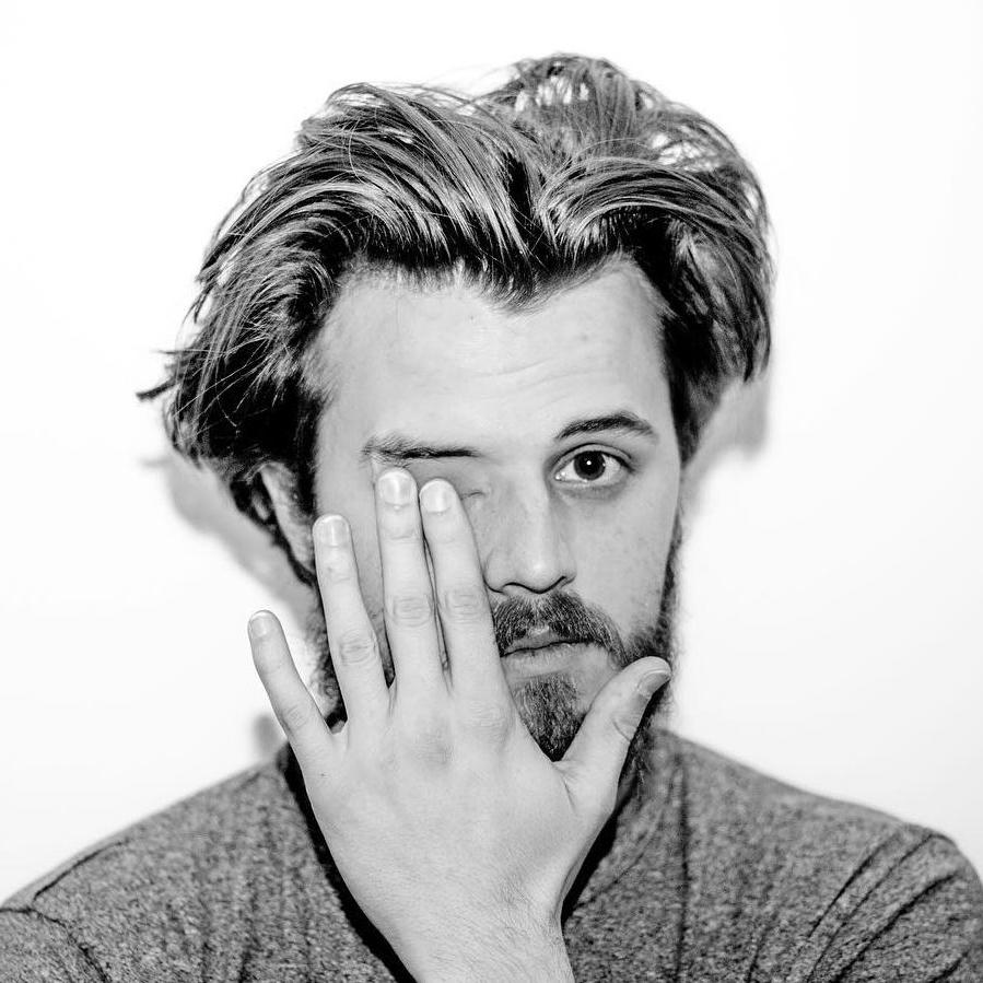 Cool Men's Medium Length Haircuts 2018 Regarding Favorite Messy Medium Haircuts (View 9 of 20)