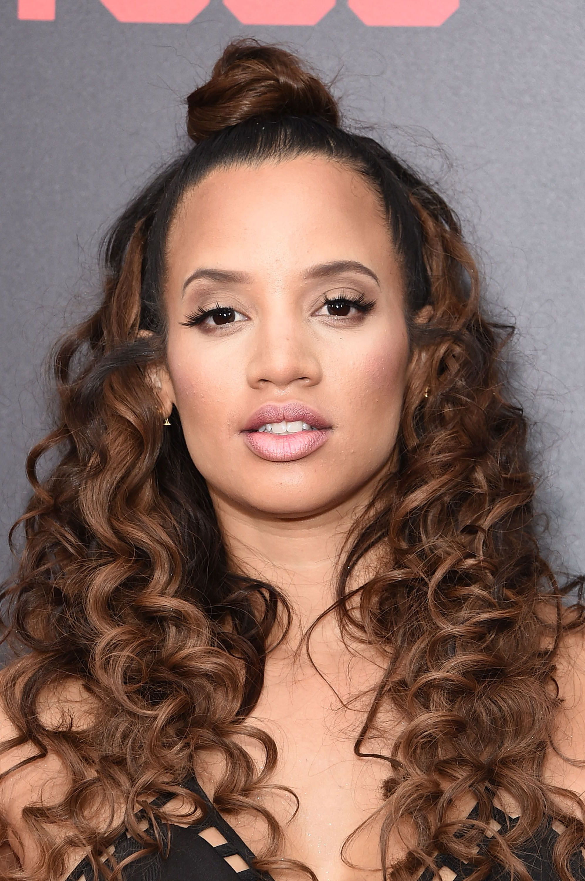 Curly Hairstyles 2019 – 40+ Styles For Every Type Of Curl For Well Known Medium Haircuts With Curly Hair (View 5 of 20)