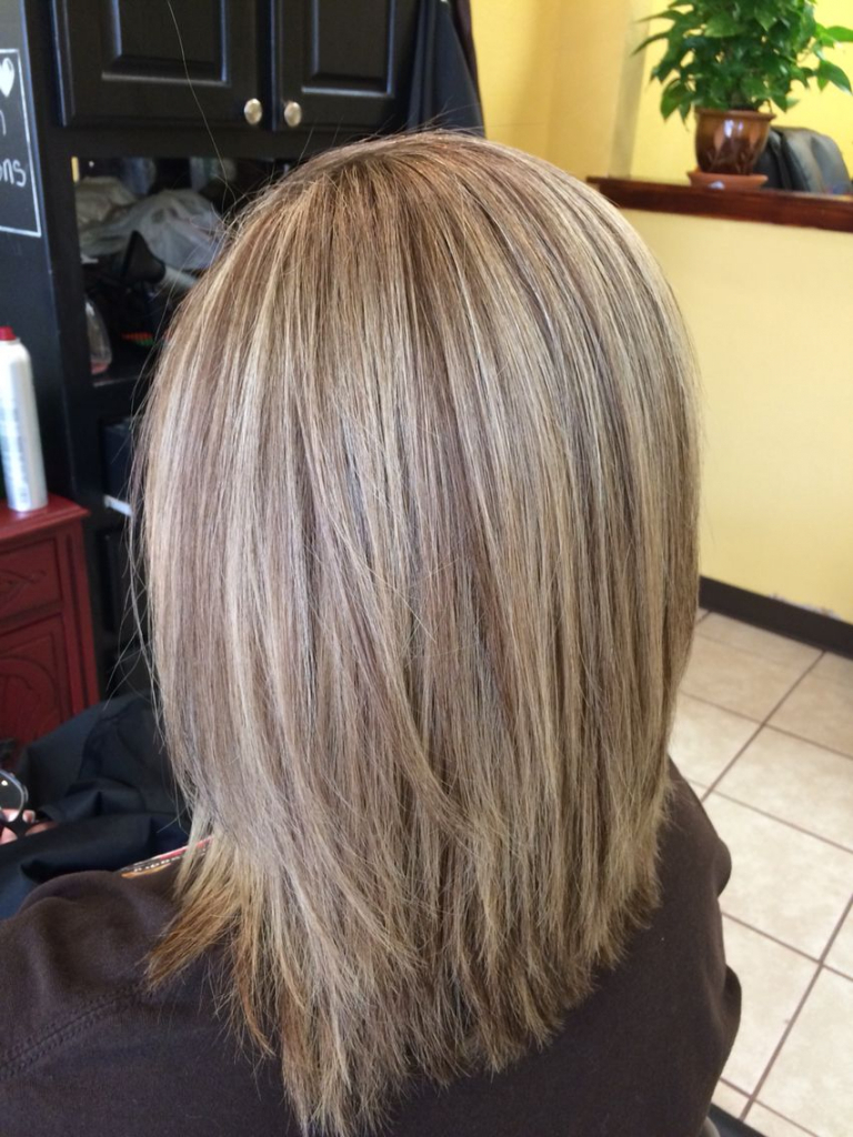 Current Highlighted Medium Hairstyles For Gallery Of Medium Length Blonde Highlighted Hairstyles Fashionbeans (View 5 of 20)