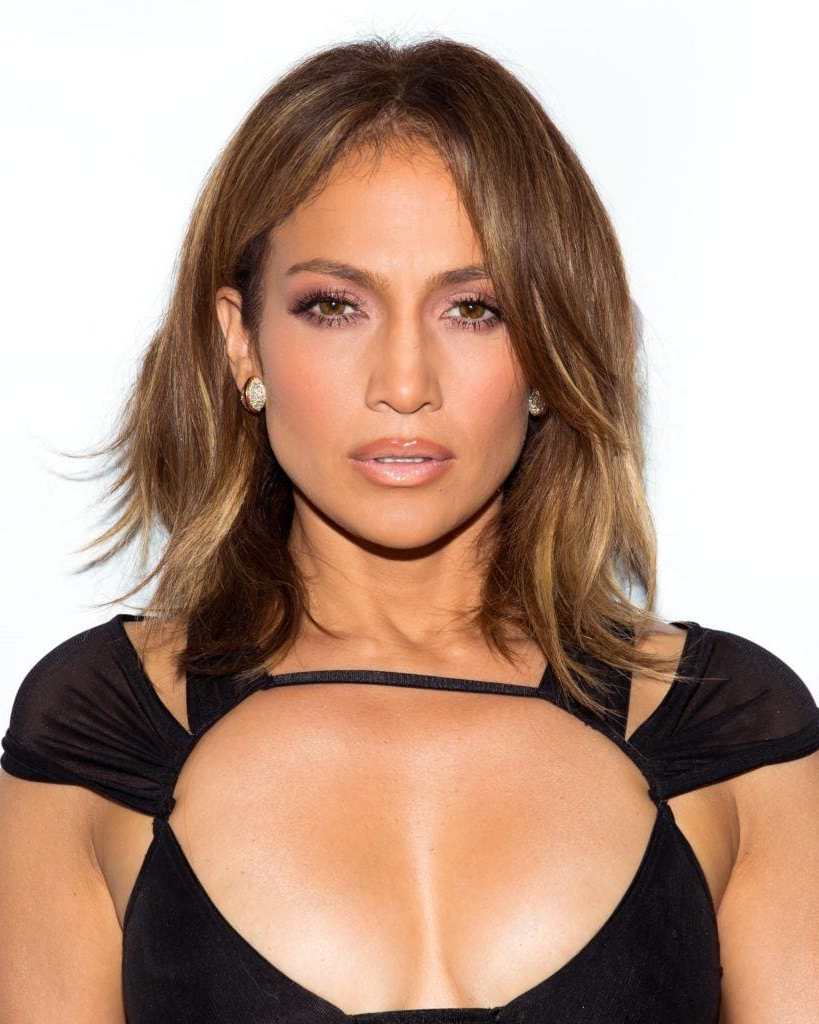 Current Jennifer Lopez Medium Haircuts With The Rachel Haircut: Inspirational Looks That Prove The Hairstyle Is (View 4 of 20)
