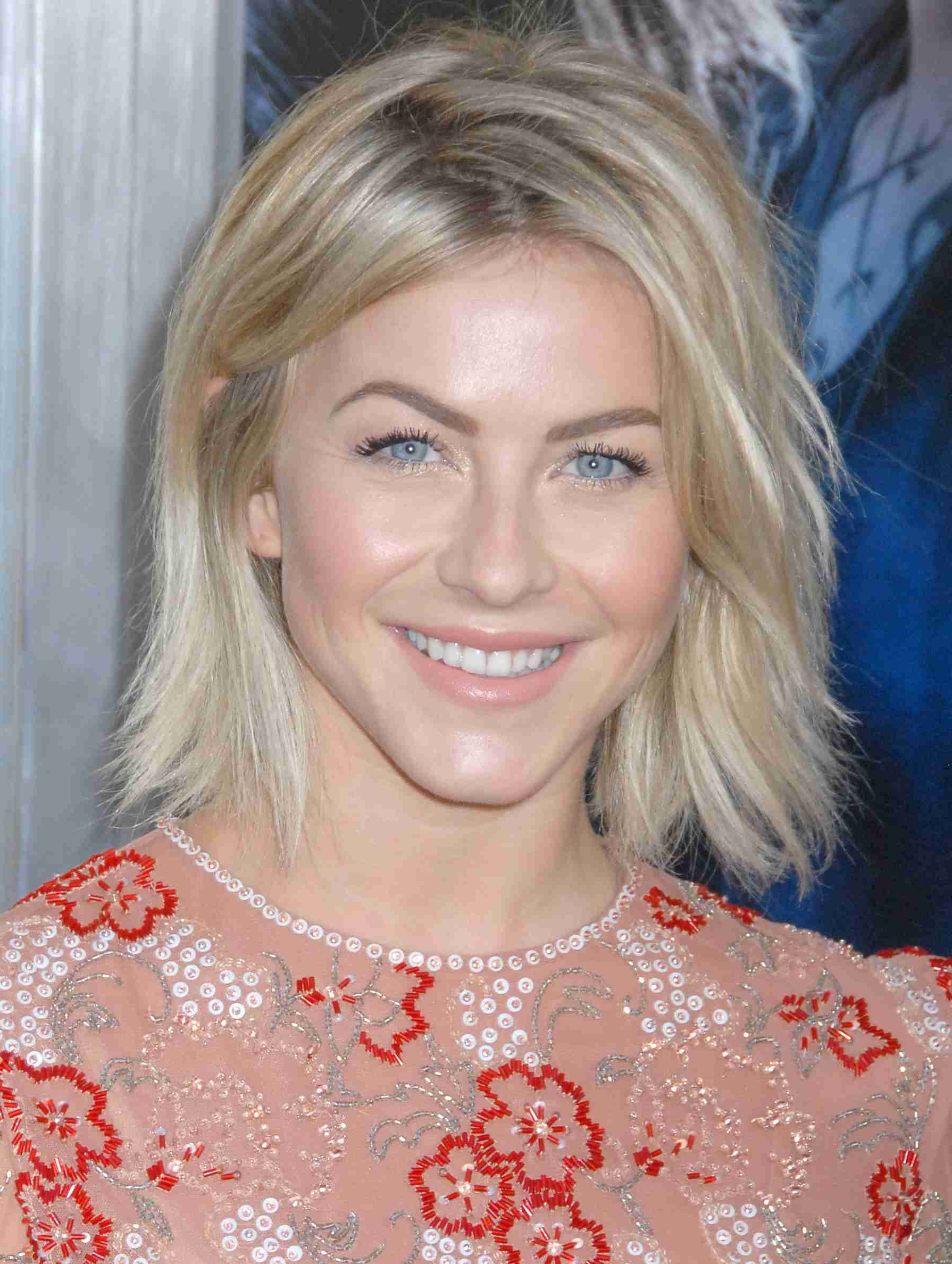 Current Julianne Hough Medium Hairstyles Intended For 22 Inspiring Short Haircuts For Every Face Shape (View 18 of 20)