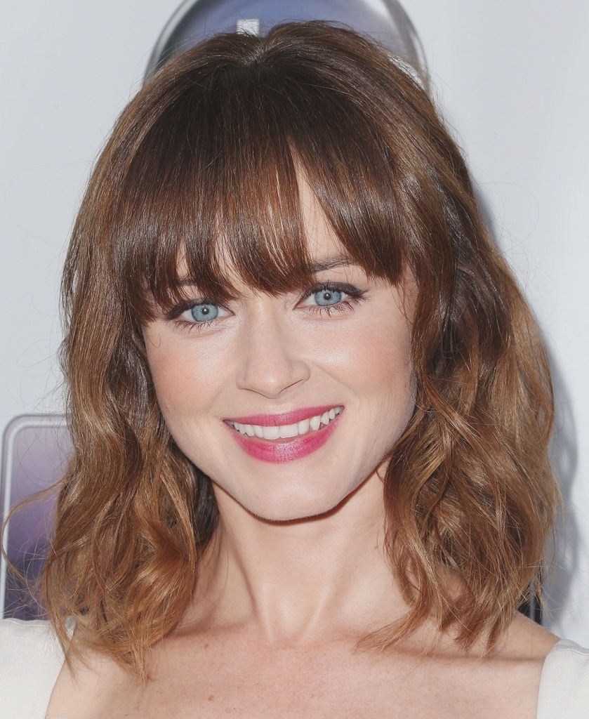 Current Medium Haircuts For Oblong Face With Regard To Haircut : Medium Haircuts For Oval Face On A Budget Lovely And (View 2 of 20)
