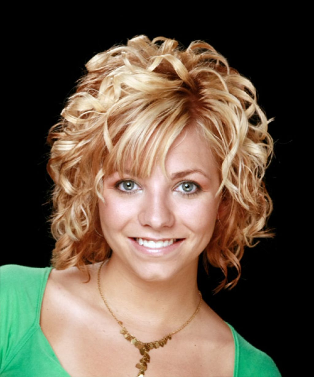 Current Medium Haircuts For Thin Curly Hair Intended For Curly Hairstyle : Hairstyles For Curly Hair Women And Medium Styles (View 16 of 20)