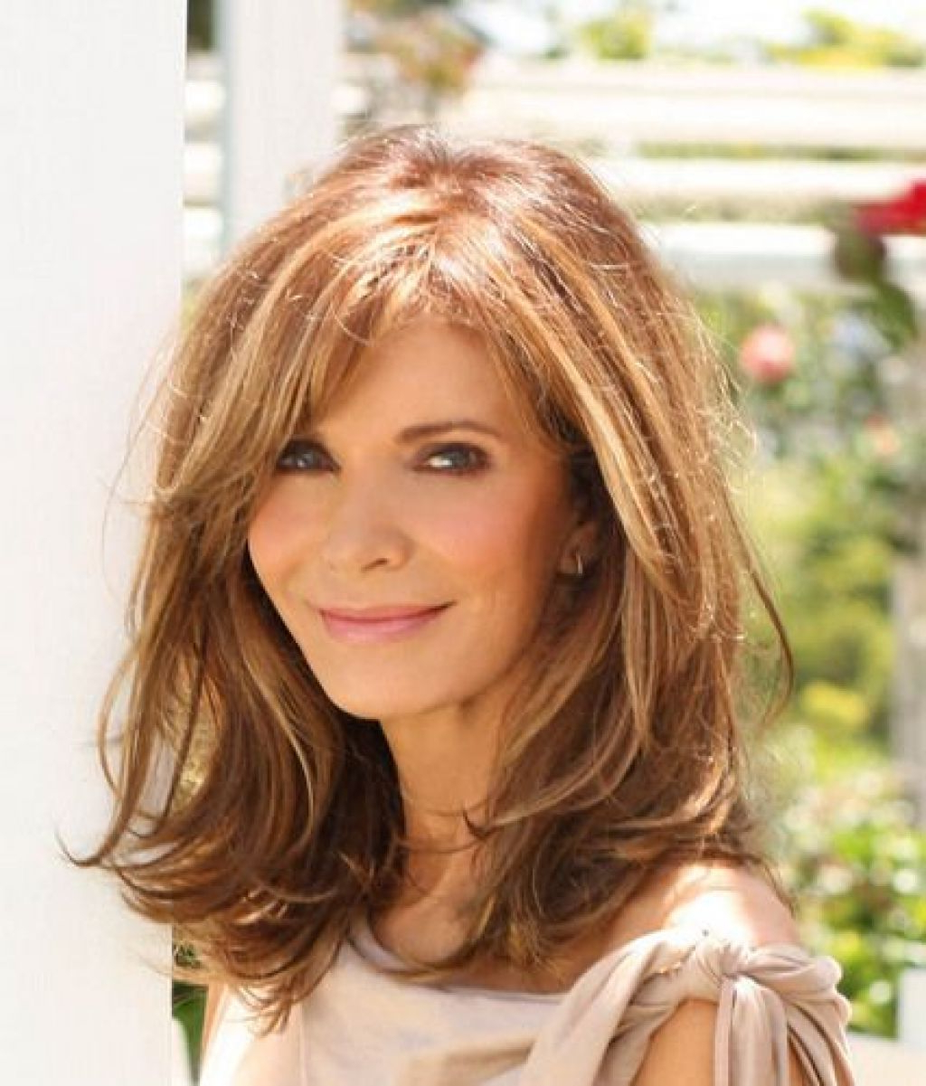 Featured Photo of Medium Hairstyles With Layers And Side Bangs