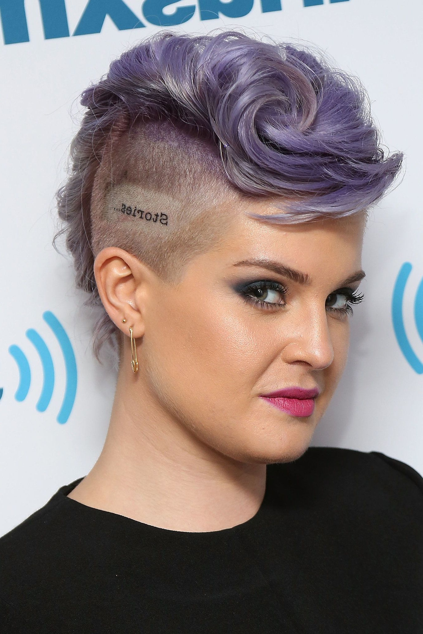 Current Mohawk Hairstyles With An Undershave For Girls With Regard To Kelly Osbourne (View 16 of 20)