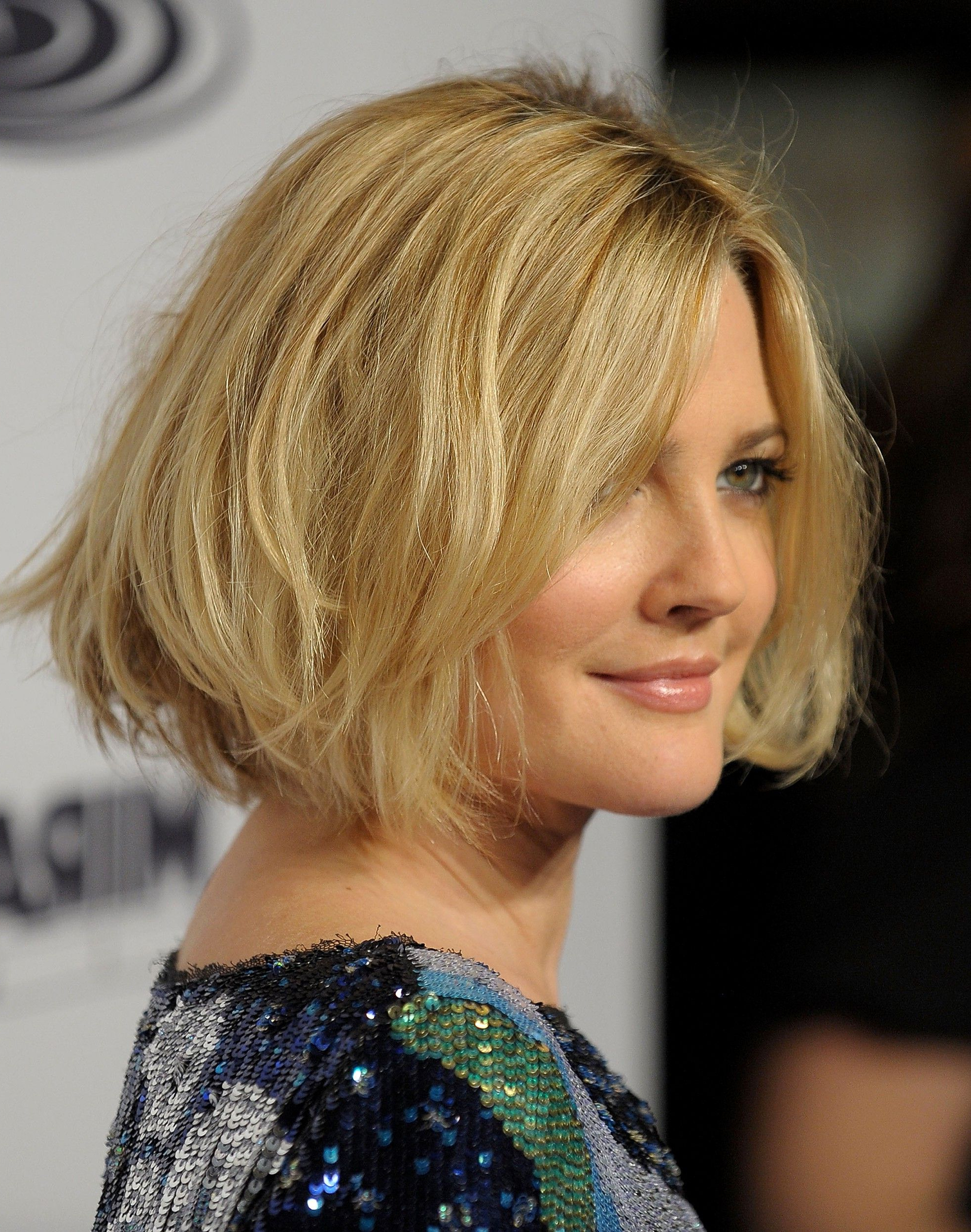 Drew Barrymore Short Hairstyle Regarding Popular Drew Barrymore Medium Hairstyles (View 9 of 20)