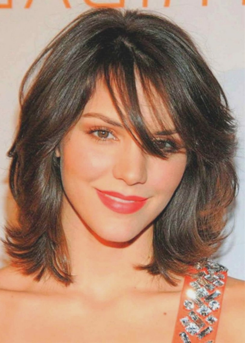 Photo Gallery Of Medium To Medium Hairstyles For Thin Hair Viewing