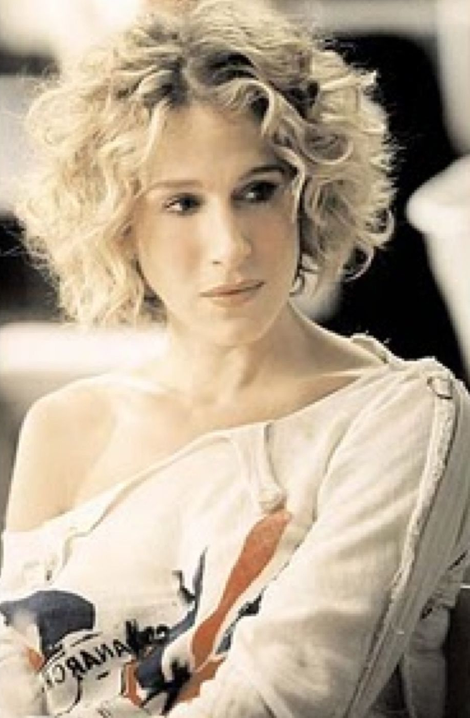 Even Carrie Bradshaw Had A Bob For A In Famous Carrie Bradshaw Medium Hairstyles (View 11 of 20)