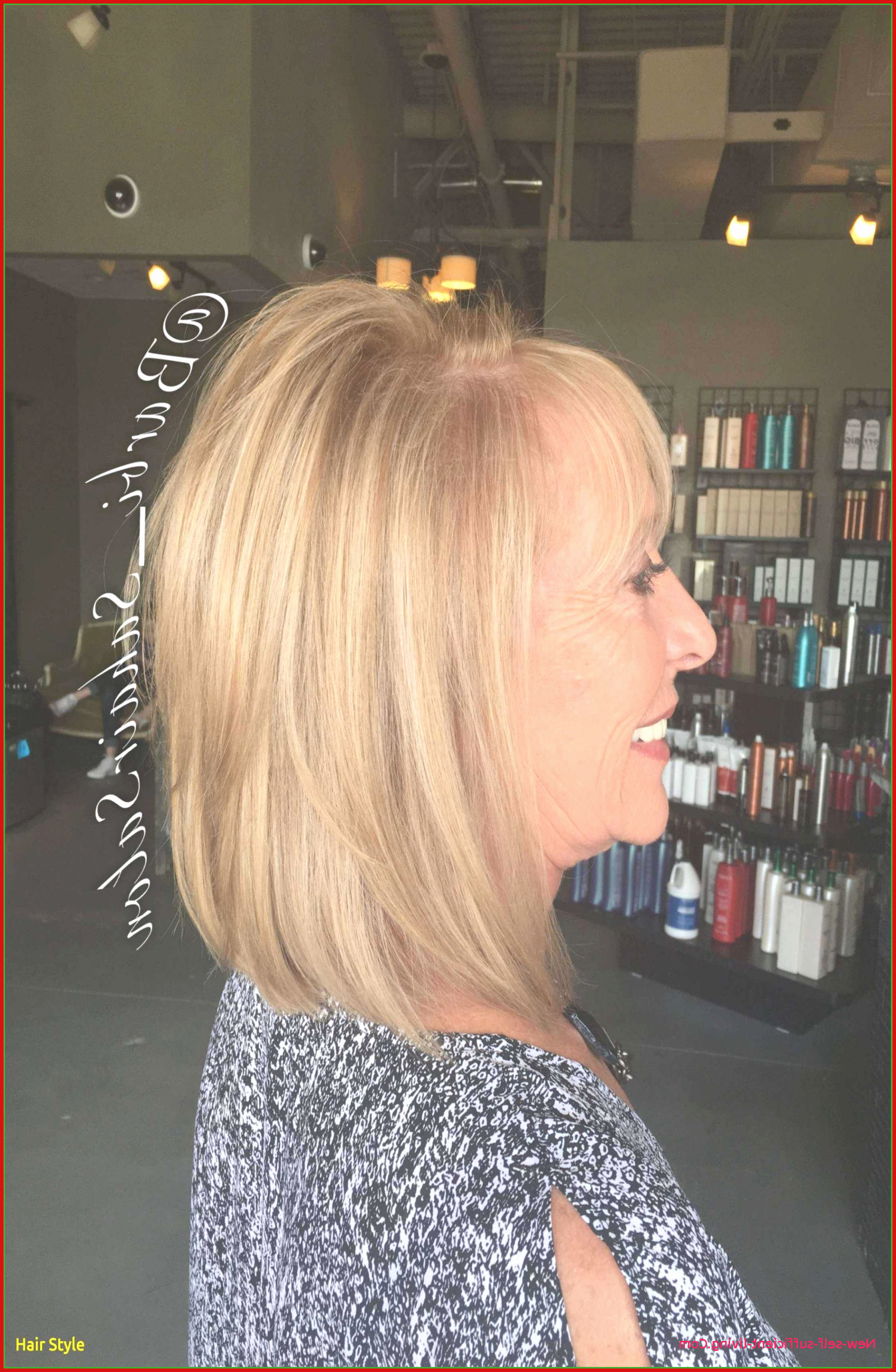 Famous Carrie Underwood Medium Hairstyles With Carrie Underwood Short Haircut With Carrie Underwood Bob Haircut (View 10 of 20)