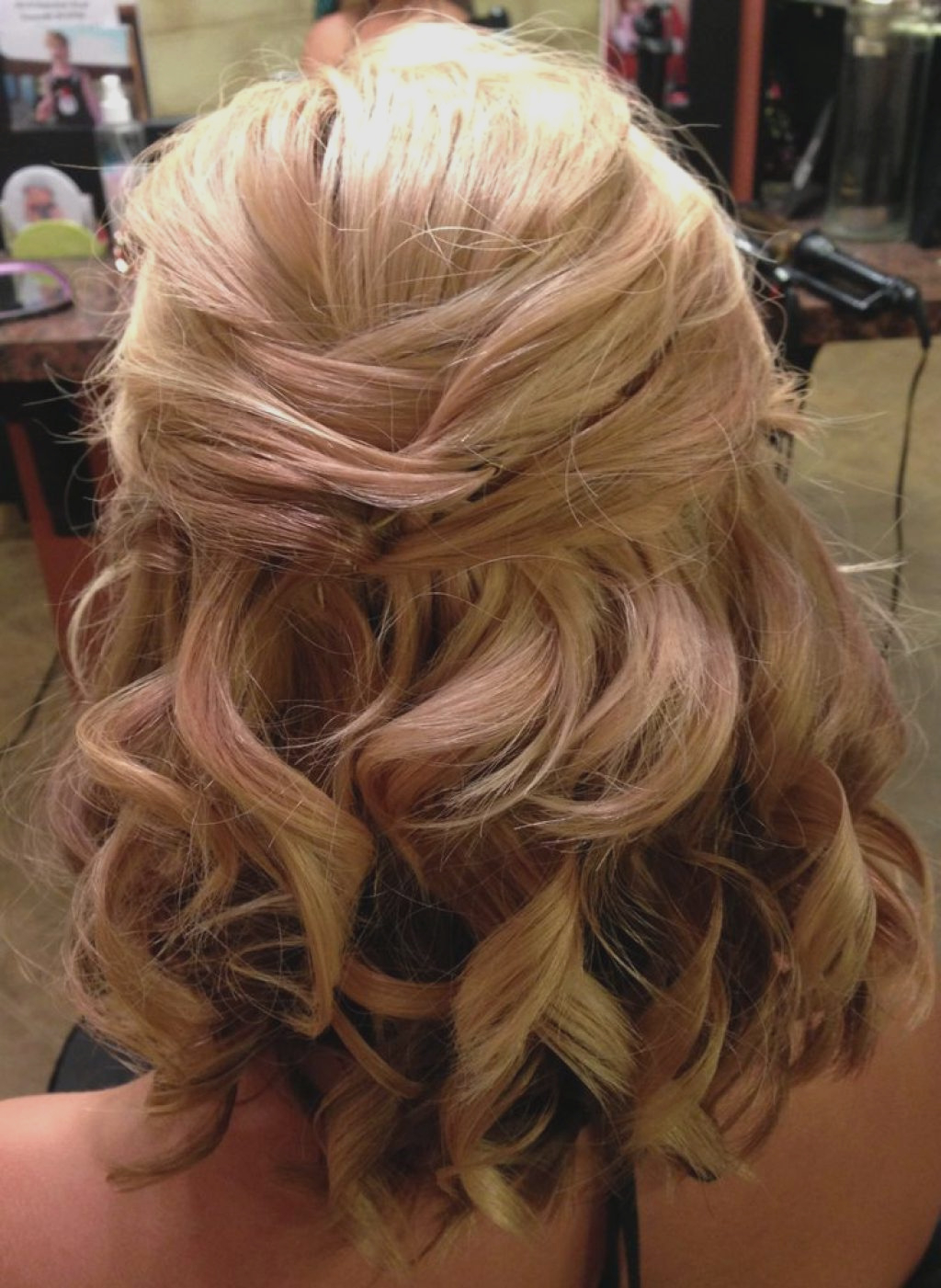 Famous Down Medium Hairstyles Intended For Wedding Hairstyles : Amazing Wedding Hairstyles Down Medium Length (View 12 of 20)