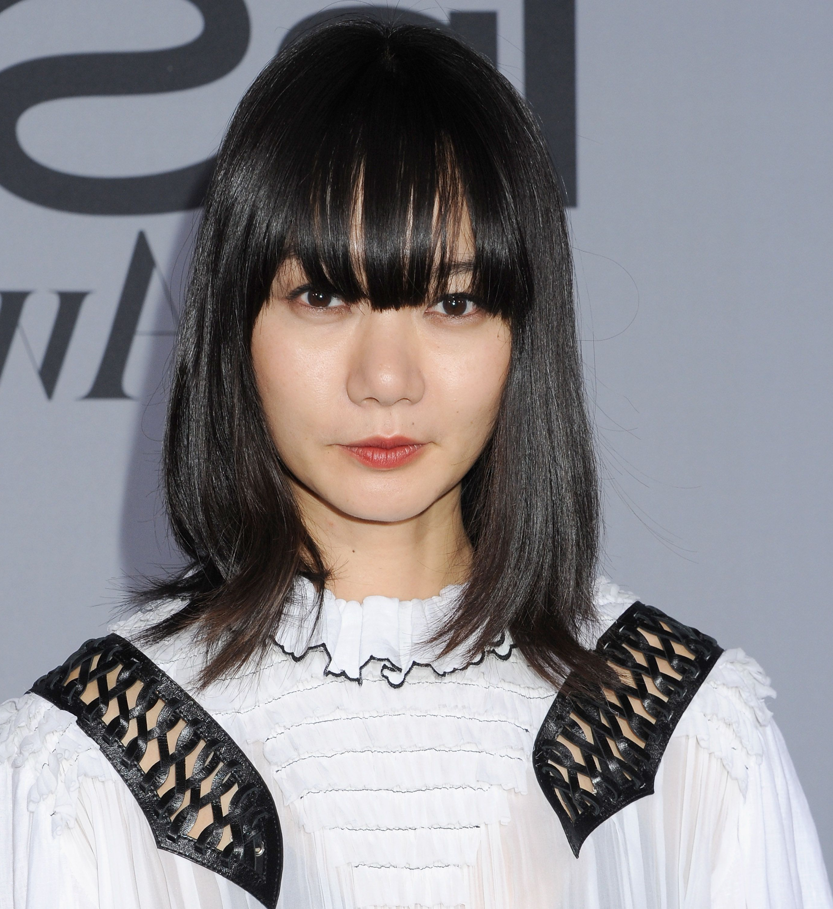 Famous Medium Haircuts With Fringe For 112 Hairstyles With Bangs You'll Want To Copy – Celebrity Haircuts (View 15 of 20)