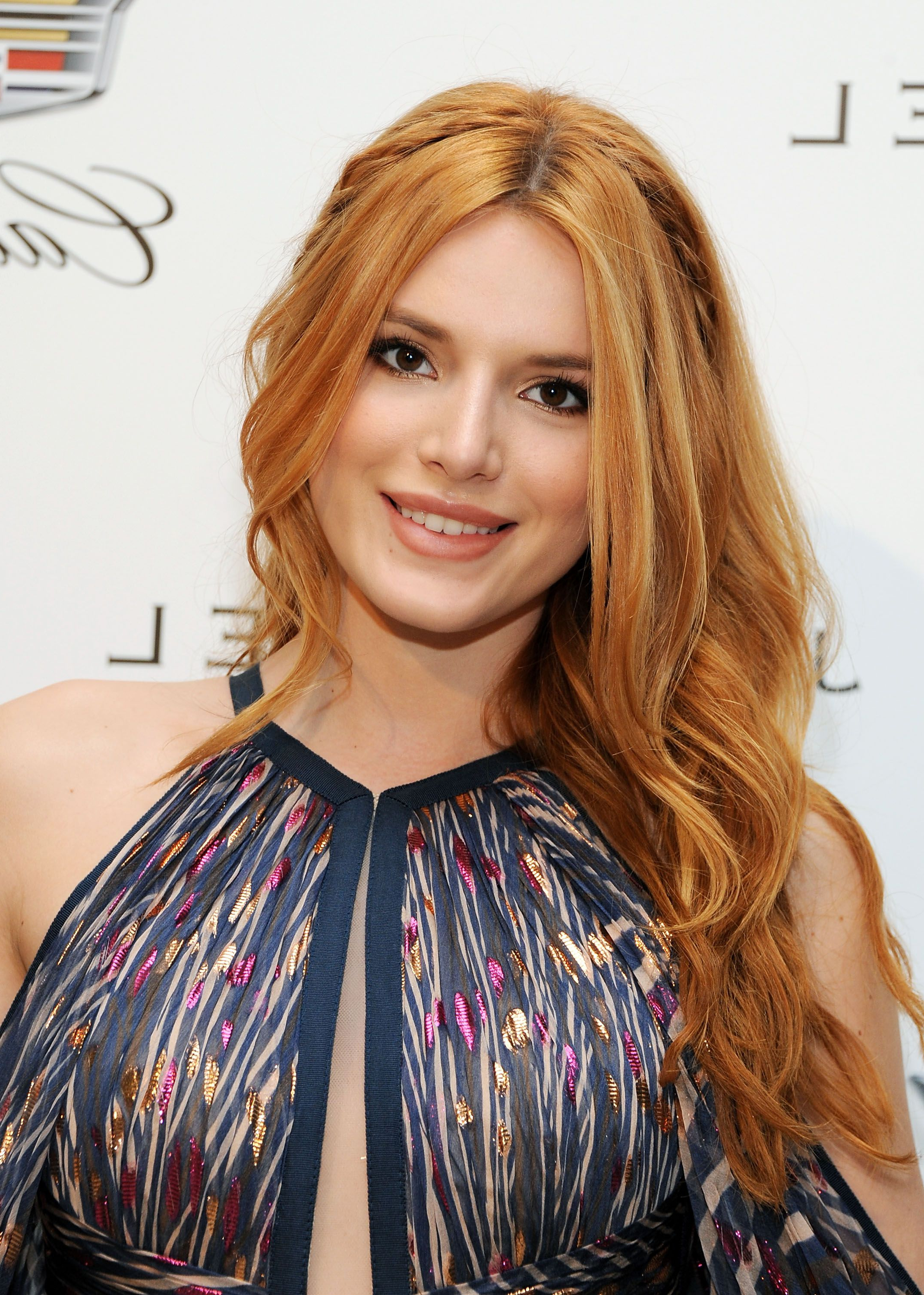 Famous Two Tier Caramel Blonde Lob Hairstyles For 26 Gorgeous Strawberry Blonde Hair Color Ideas From Celebrities For (View 20 of 20)
