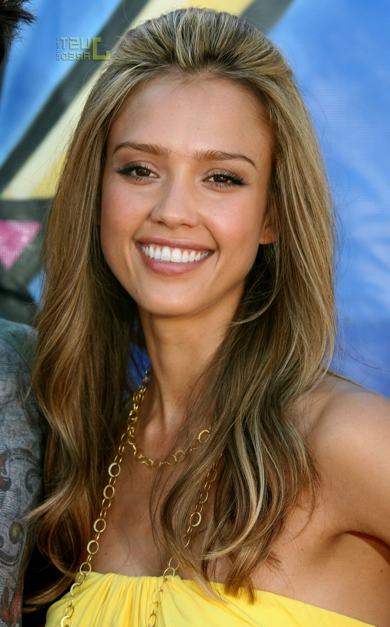 Fashionable Jessica Alba Medium Haircuts With Regard To New Look Of Jessica Alba Hairstyles – Amazing Jessica Alba Haircut (View 5 of 20)