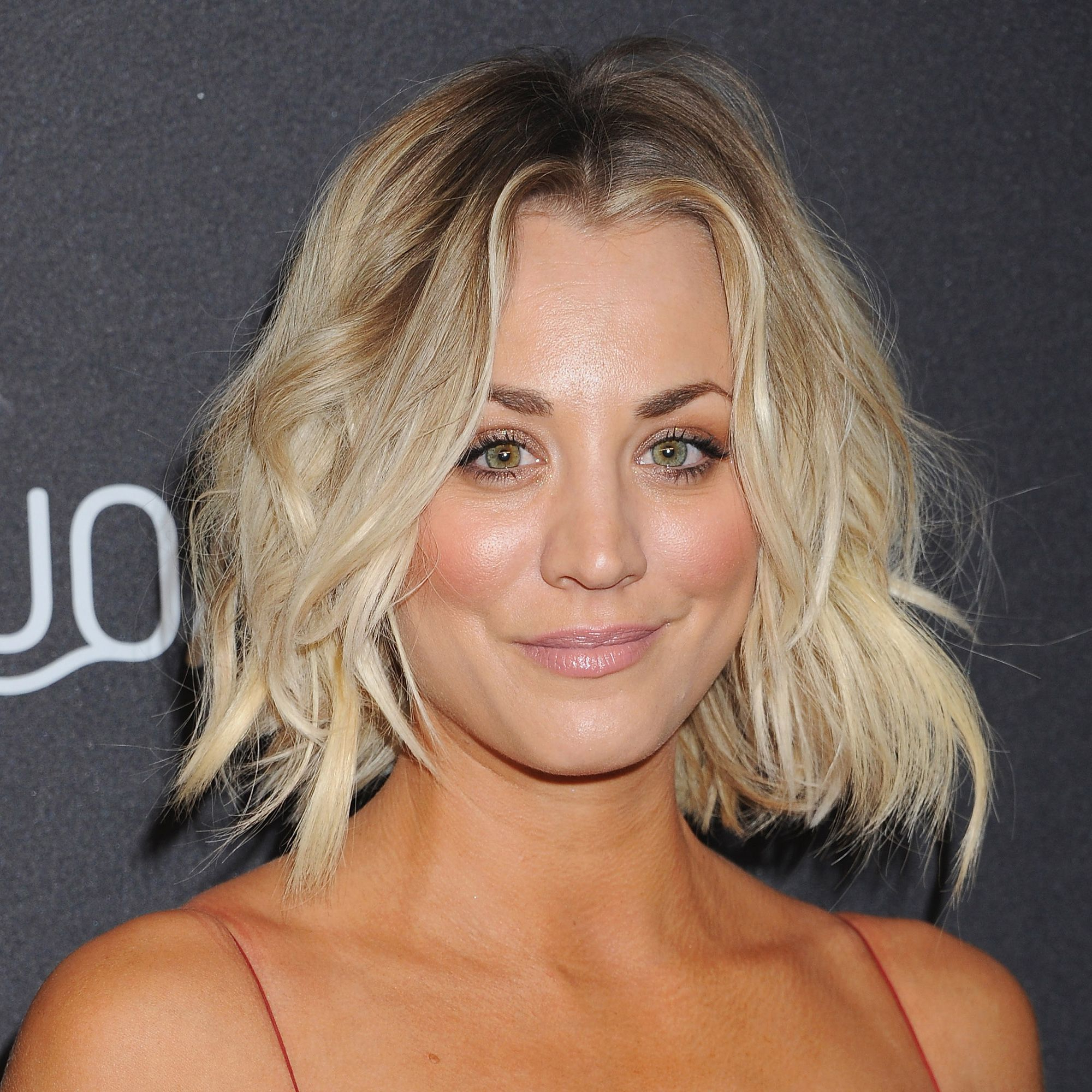 Fashionable Kaley Cuoco Medium Hairstyles Inside 87 Cute Short Hairstyles & Haircuts – How To Style Short Hair (Gallery 7 of 20)