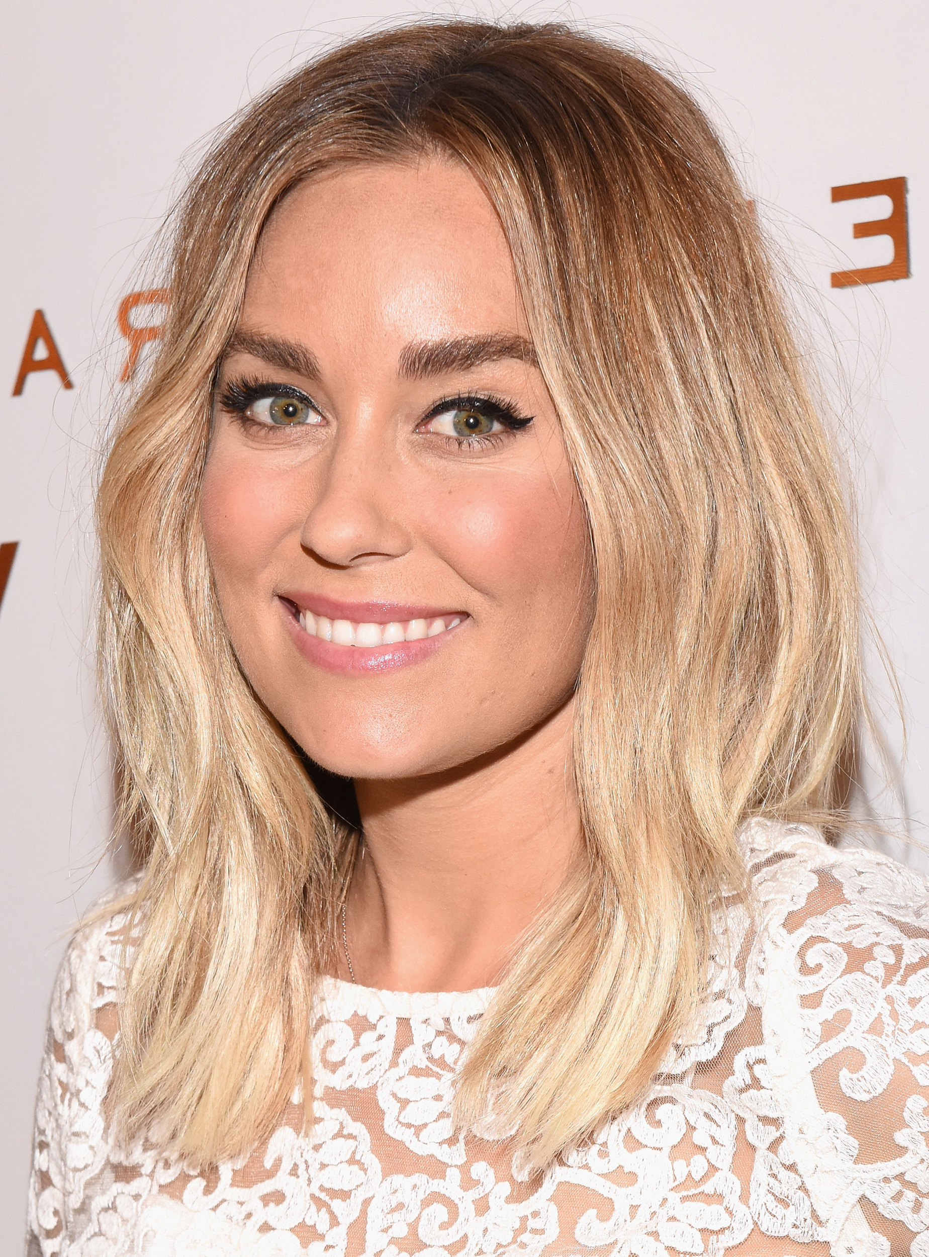 Fashionable Lauren Conrad Medium Haircuts Within 28 Best Hairstyles For Round Faces (View 9 of 20)