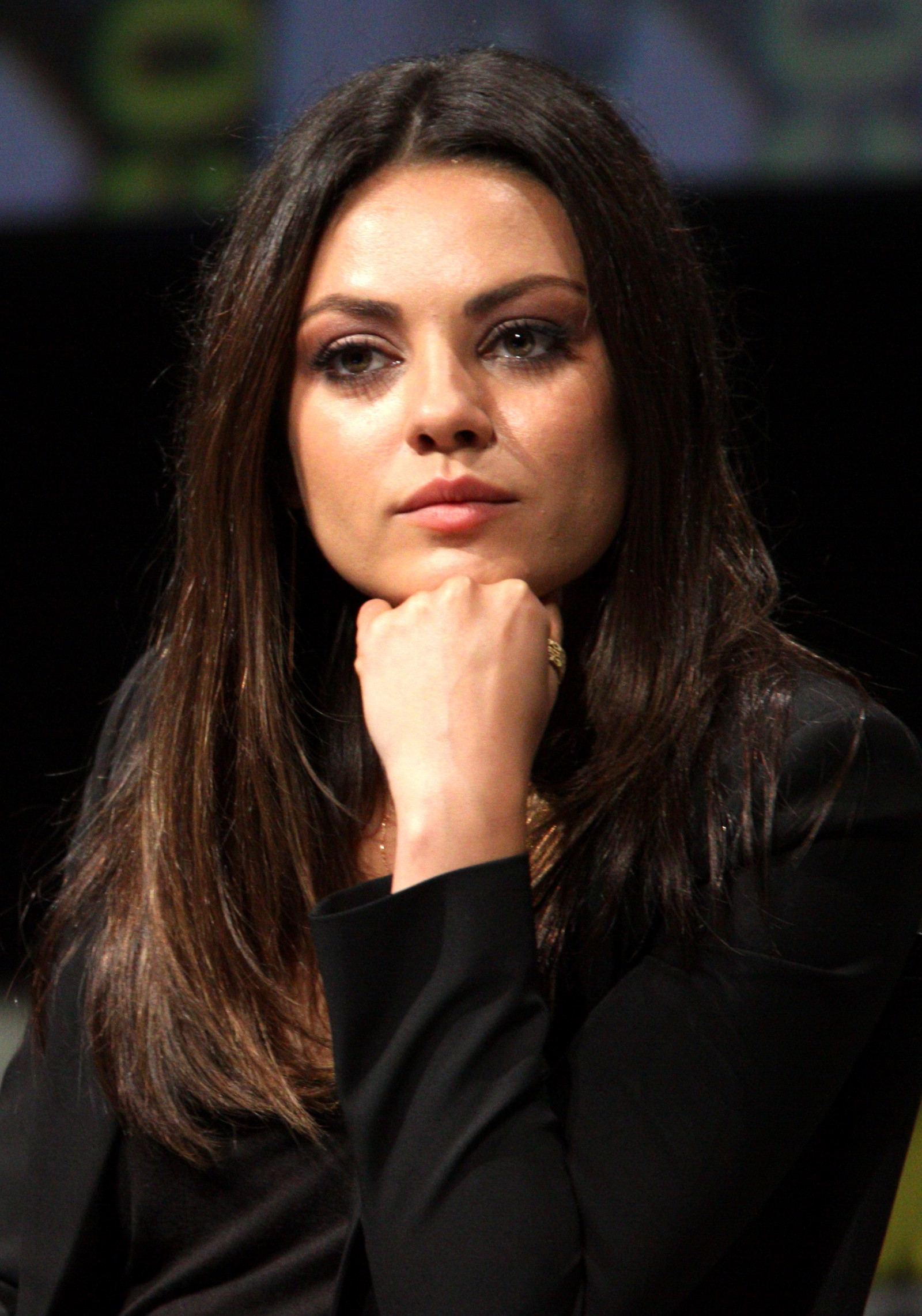 Fashionable Mila Kunis Medium Hairstyles Pertaining To Mila Kunis Is A Real Badass – The Stories – Medium (View 5 of 20)