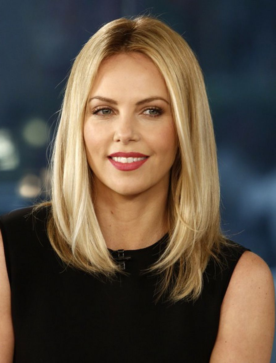 Featured Photo of Charlize Theron Medium Haircuts