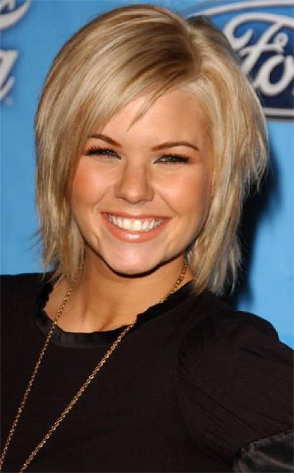 Favorite Cute Medium Haircuts For Thin Straight Hair With Medium Length Haircut With Bangs – Hairstyle For Women & Man (View 8 of 20)