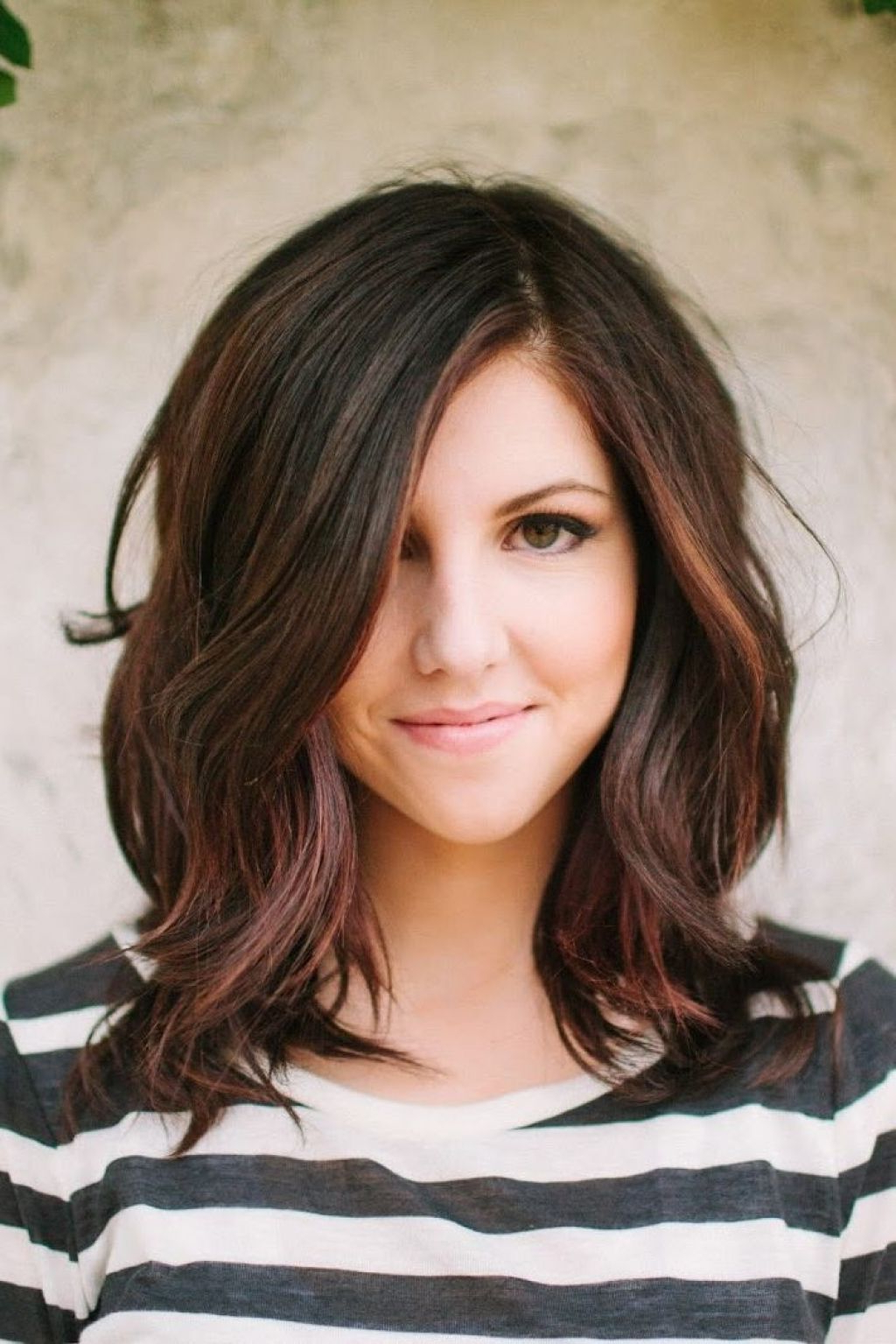 Favorite Fall Medium Hairstyles Throughout Great Haircuts For Fall 2017 – Leymatson (View 11 of 20)