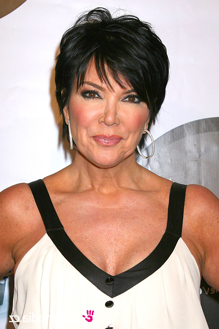 Favorite Kris Jenner Medium Hairstyles Inside Celebrity Hairstyles Kris Jenner (Gallery 19 of 20)