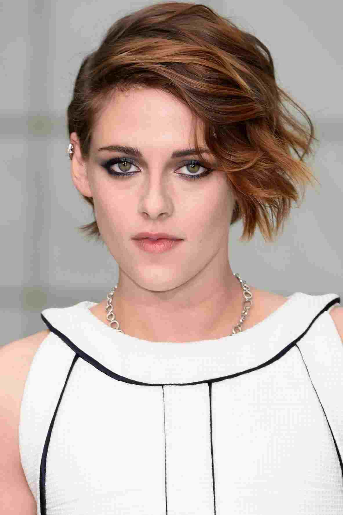 Favorite Kristen Stewart Medium Hairstyles Within The Medium Pixie Haircuts Top Of All Time Kristen Stewart Haircut (View 8 of 20)