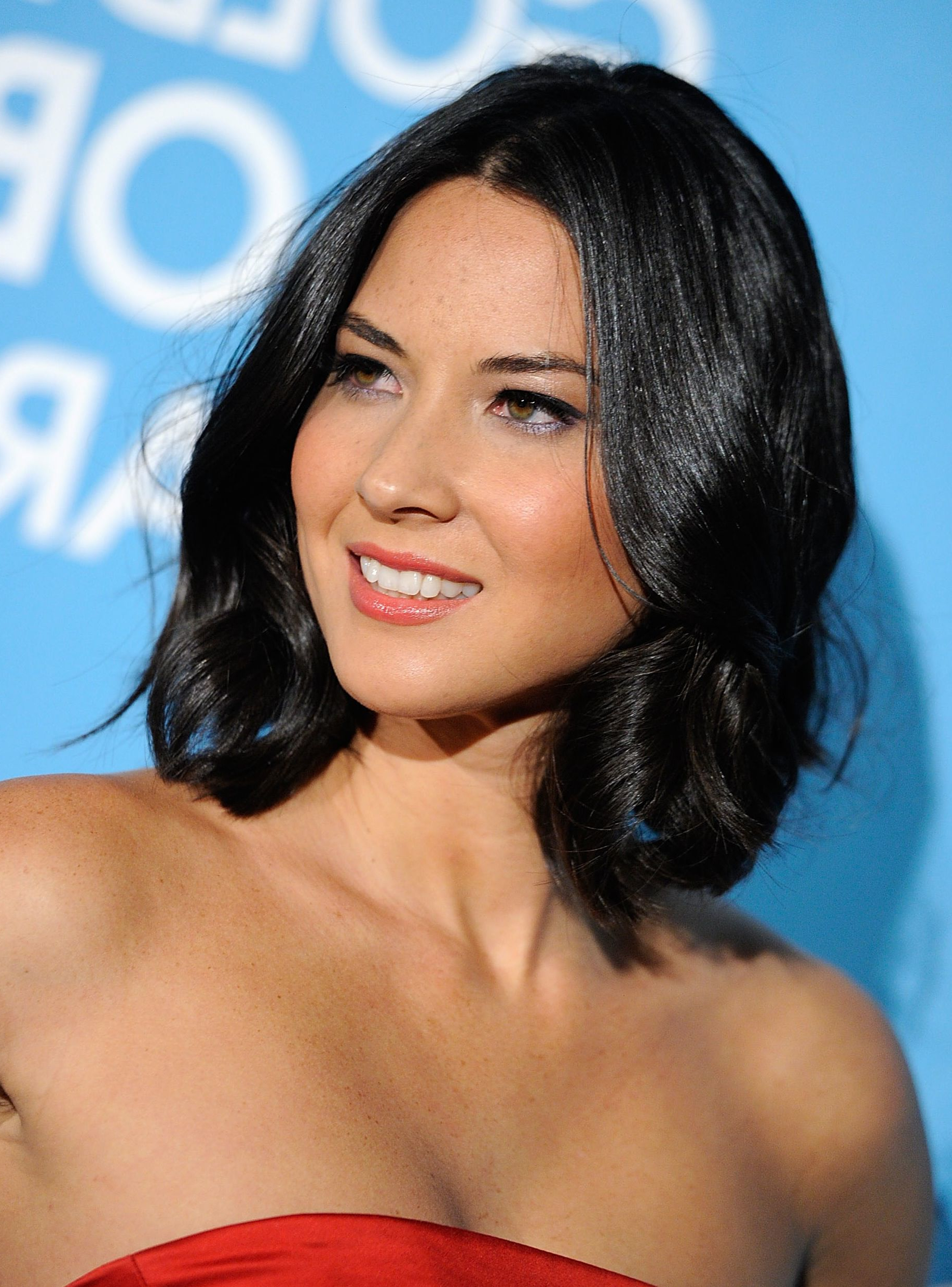 Favorite Medium Hairstyles For Round Face And Fine Hair With Regard To 35 Flattering Hairstyles For Round Faces (View 7 of 20)