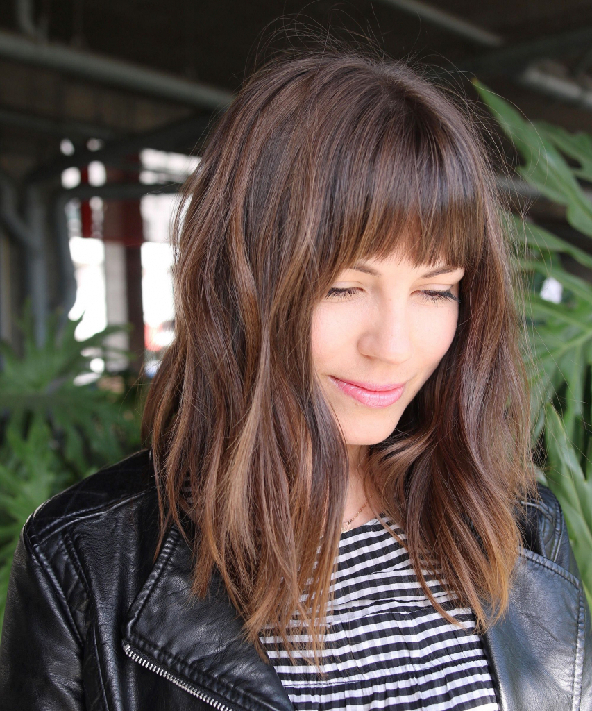 Gallery Of Messy Medium Hairstyles With Bangs Mensfashionmagazine In Most Up To Date Messy Medium Hairstyles (Gallery 16 of 20)