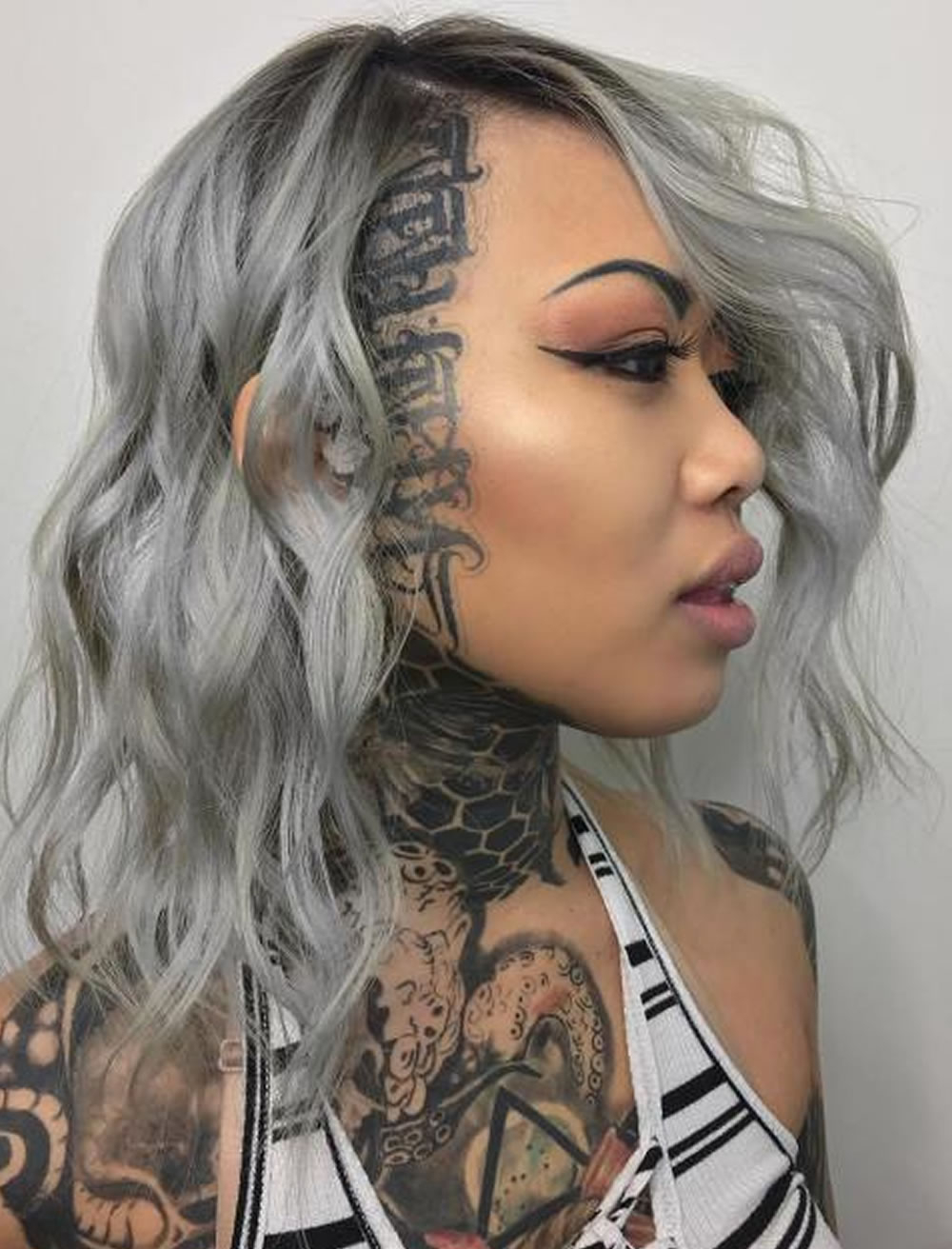Gray Wavy Medium Hairstyles For Black Women – Hairstyles Within Most Up To Date Black Women With Medium Hairstyles (View 6 of 20)