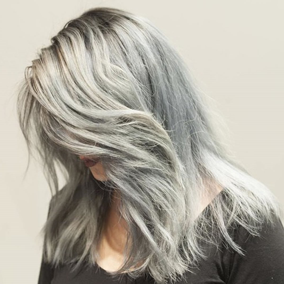 Grey Hair Trend – 20 Glamorous Hairstyles For Women 2018 – Hairstyles With 2017 Medium Haircuts For Grey Hair (View 11 of 20)