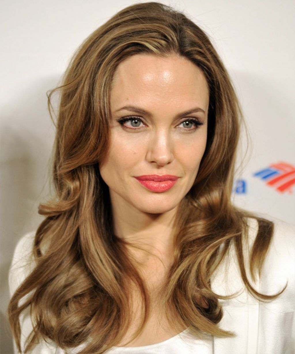 Growing Intended For Most Current Angelina Jolie Medium Hairstyles (Gallery 5 of 20)