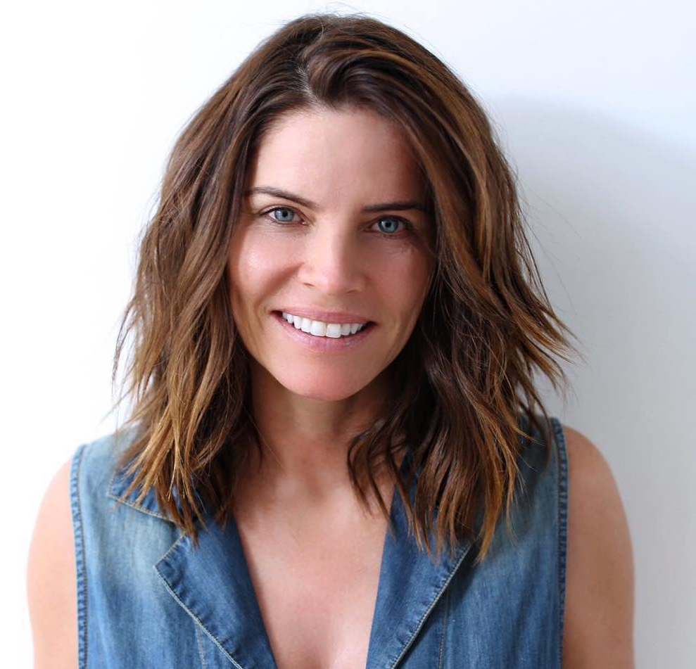 Hair Color : Delightful Haircuts For Thick Wavy Frizzy Hair Indian Pertaining To Best And Newest Medium Haircuts For Thick Frizzy Hair (View 10 of 20)