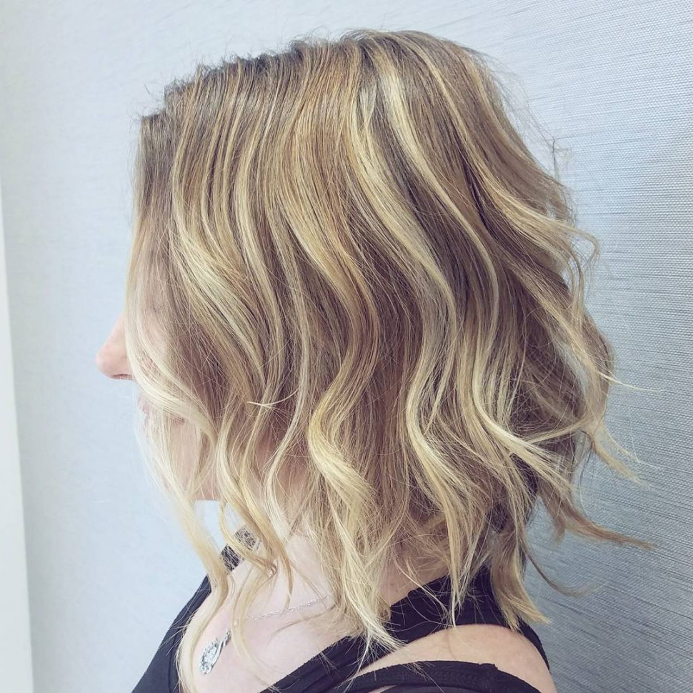Hair Cuts : Latest Medium Wavy Hair Styles For Women Shoulder Length Pertaining To Fashionable Medium Haircuts For Fine Hair (View 9 of 20)