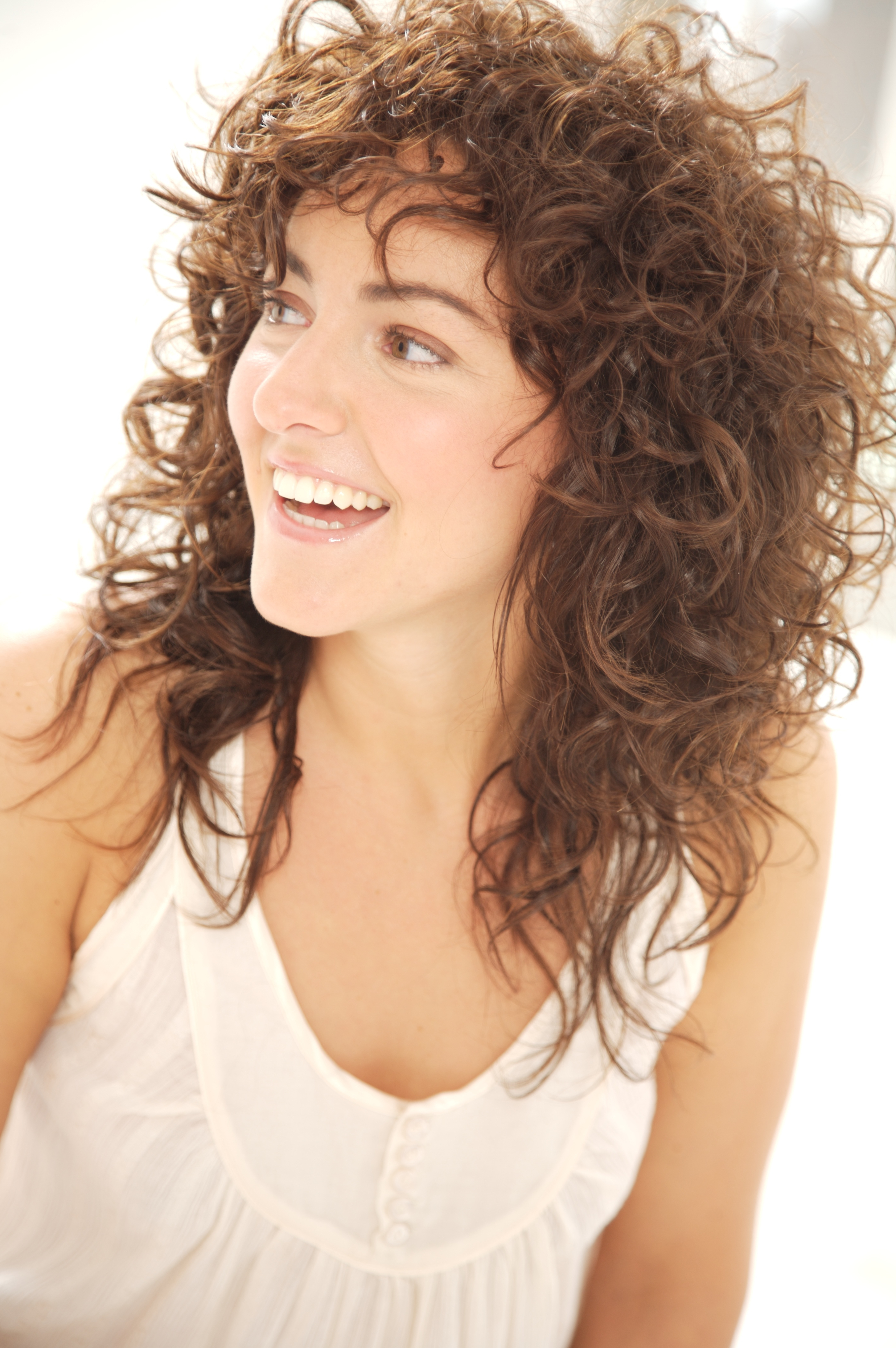 Hair Cuts : Naturally Curly Haircuts Short For Round Faces And Hair Intended For Well Known Naturally Curly Medium Hairstyles (View 14 of 20)