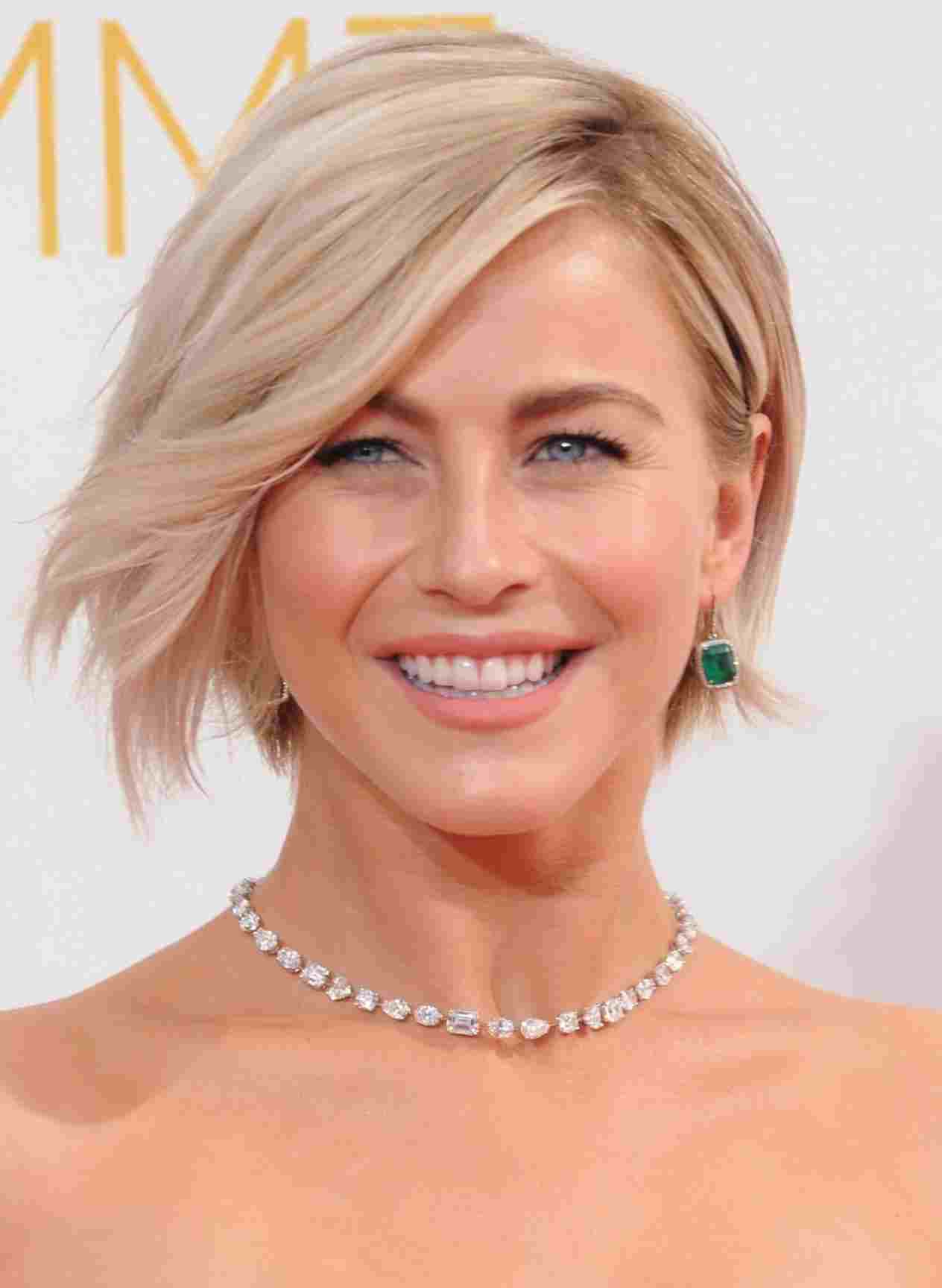 Hair Shoulder Length Shag Cut Videorhusmagazinecom Did Have Her Best With Recent Julianne Hough Medium Haircuts (View 8 of 20)
