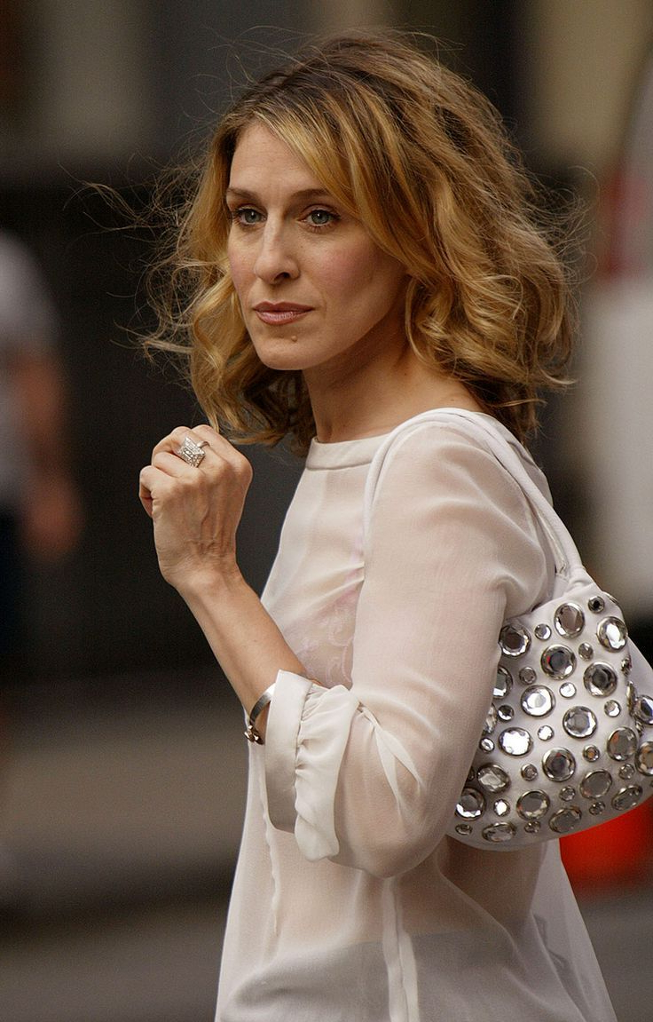 Hair Styles Throughout 2017 Carrie Bradshaw Medium Haircuts (View 17 of 20)