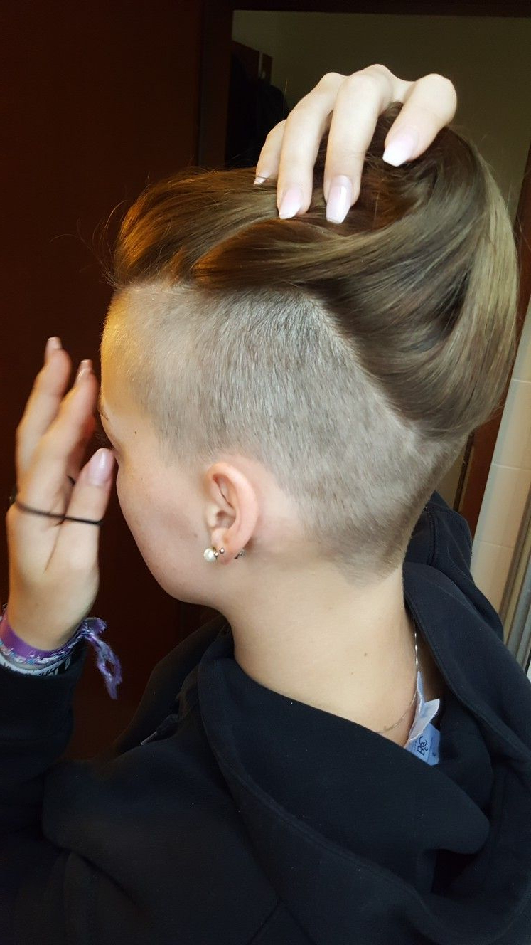 Hair Styles Throughout Recent Heartbeat Babe Mohawk Hairstyles (View 8 of 20)