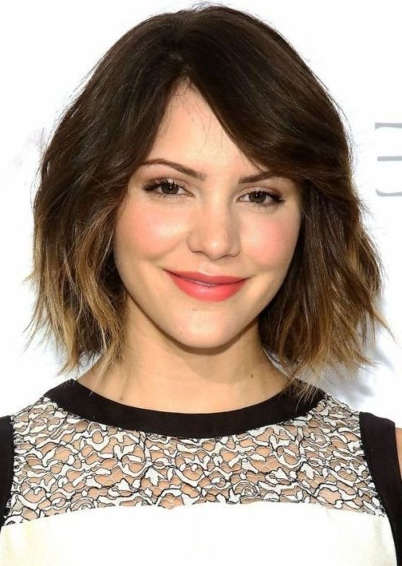 Haircuts In Well Known Cute Medium Haircuts For Heart Shaped Faces (View 10 of 20)