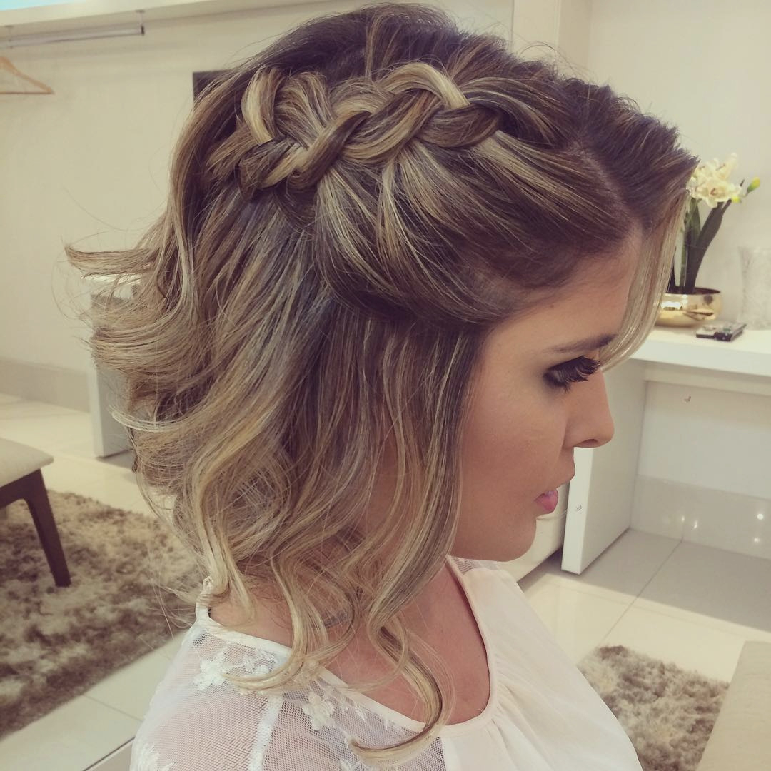 Hairstyle : Top Homecoming Medium Hairstyles Designs And Colors Inside Most Up To Date Homecoming Medium Hairstyles (View 15 of 20)