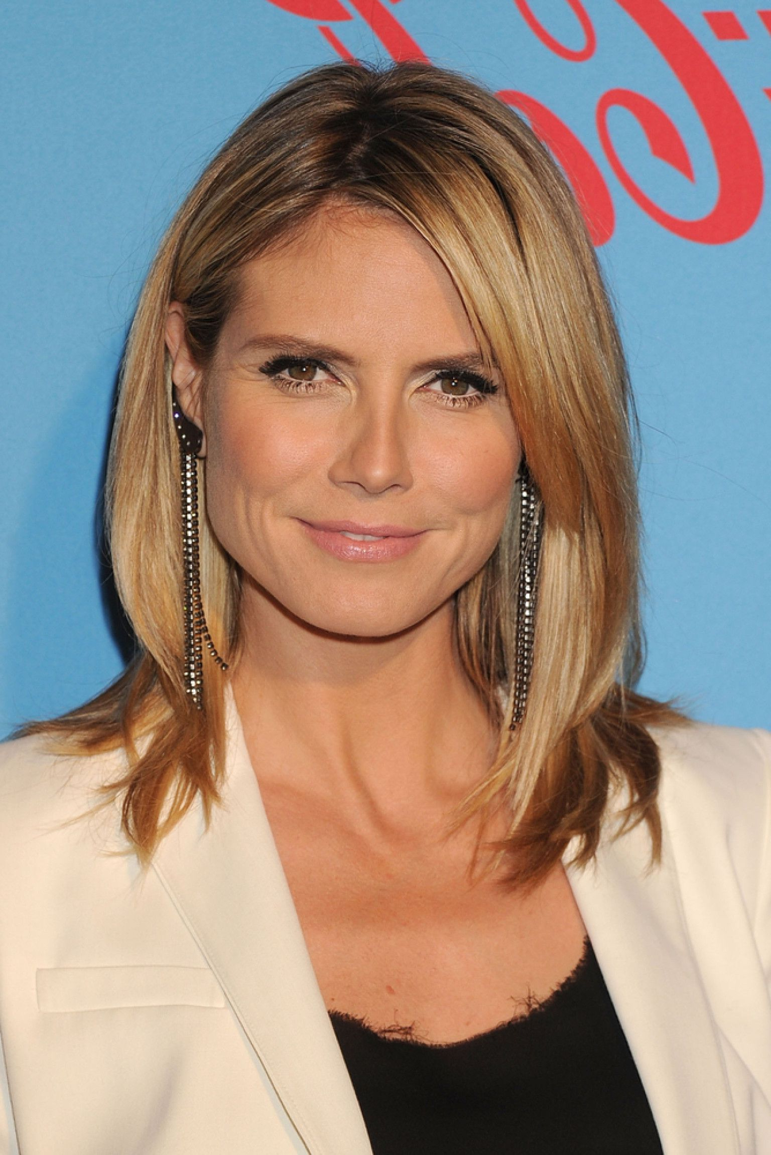 Heidi Klum Medium Hairstyle Image From Http//i (View 6 of 20)
