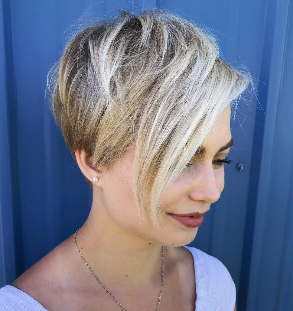 Featured Photo of Layered Haircuts With Cropped Locks On The Crown